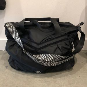 lululemon athletica Bags - Lululemon Ivviva Take me to the Studio Bag